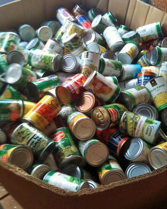 canned_goods_in_box